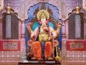Meet the Lalbaug cha Raja on your mobile phones