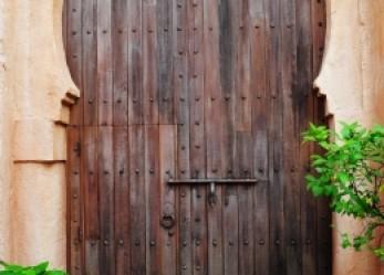 So who's lurking around Apple's walled garden?