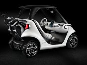 Check out this high-tech golf cart from Mercedes-Benz