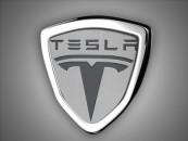 Tesla autopilot vehicle crash threatens self-driving cars