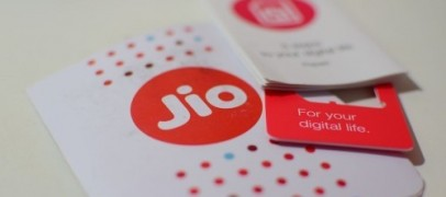Reliance Jio could extend its freebies with nominal charges till June'17