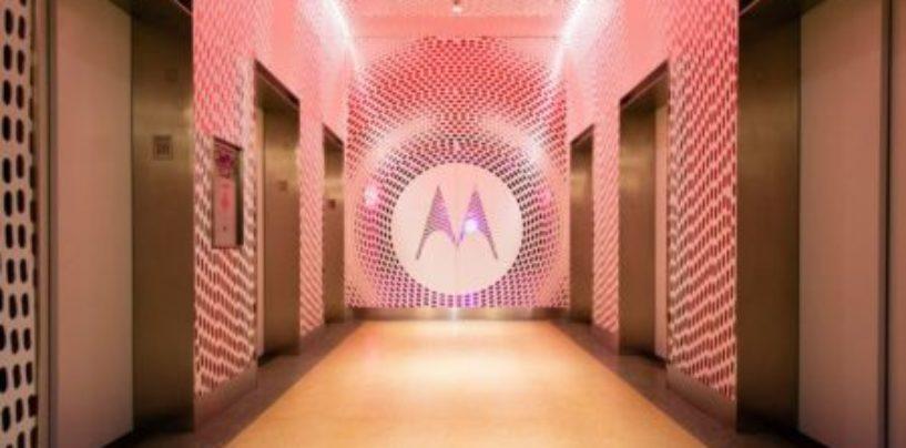 Motorola to set up 1000 Moto hubs across India to boost offline presence