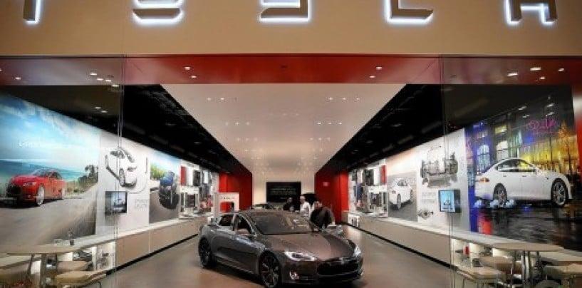 Tesla acquires solar energy provider Solarcity for $2.6 billion
