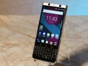 BlackBerry hopes to deliver again with a physical keyboard
