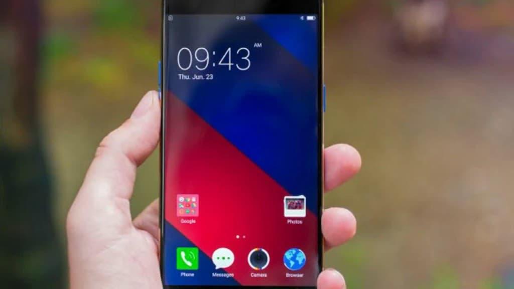 CIOL Top 7 selfie camera smartphones available in India