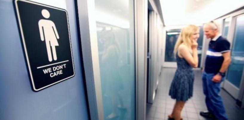 Apple, Google, Facebook and other tech companies team up against Texas' bathroom bill