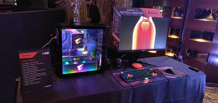 GIGABYTE AORUS Extreme Gaming PC and Monitor